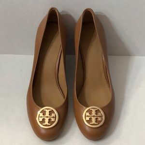 Tory Burch tan wedge shoes